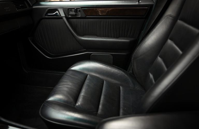 1992 Mercedes-Benz 500 E 24