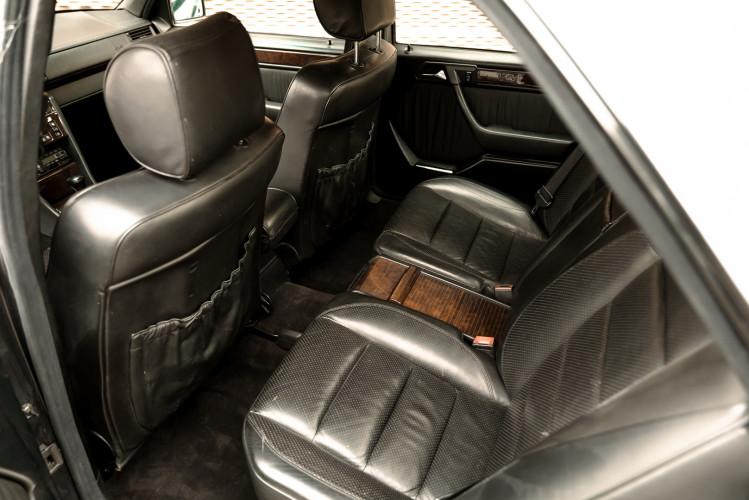 1992 Mercedes-Benz 500 E 8