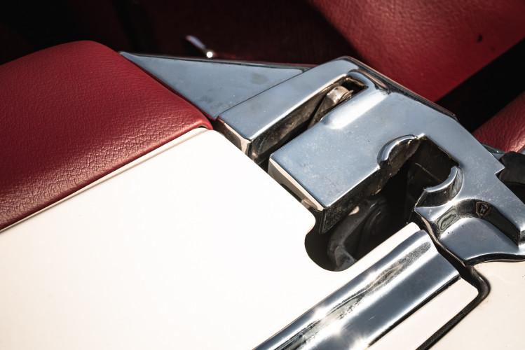 1966 Mercedes-Benz SL 230 Pagoda 27
