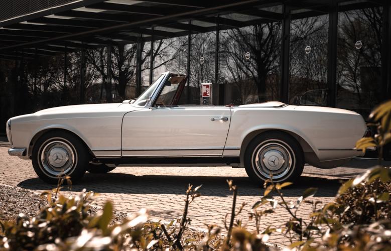 1966 Mercedes-Benz SL 230 Pagoda 7