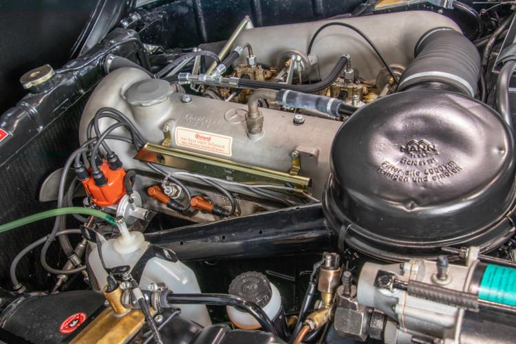 1961 Mercedes-Benz 190 SL 25
