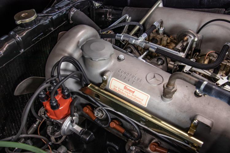1961 Mercedes-Benz 190 SL 24
