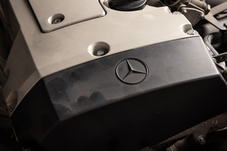 2000 Mercedes-Benz SLK 30
