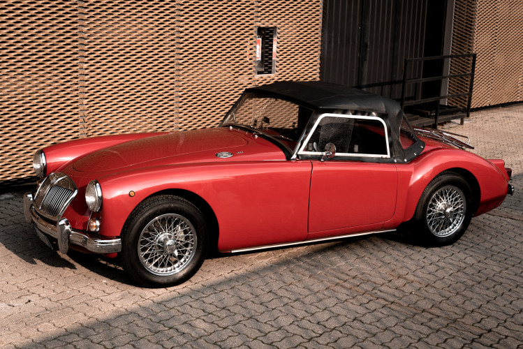 1961 MG A SPIDER 1600 0
