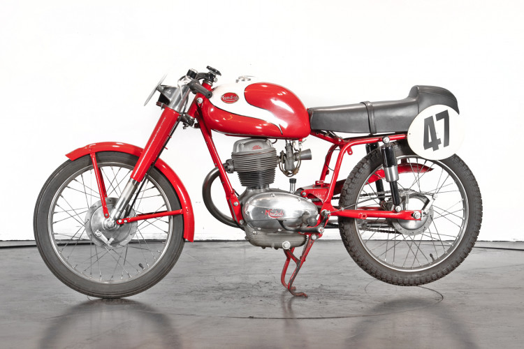 1956 Mondial Champion Lusso 175 0
