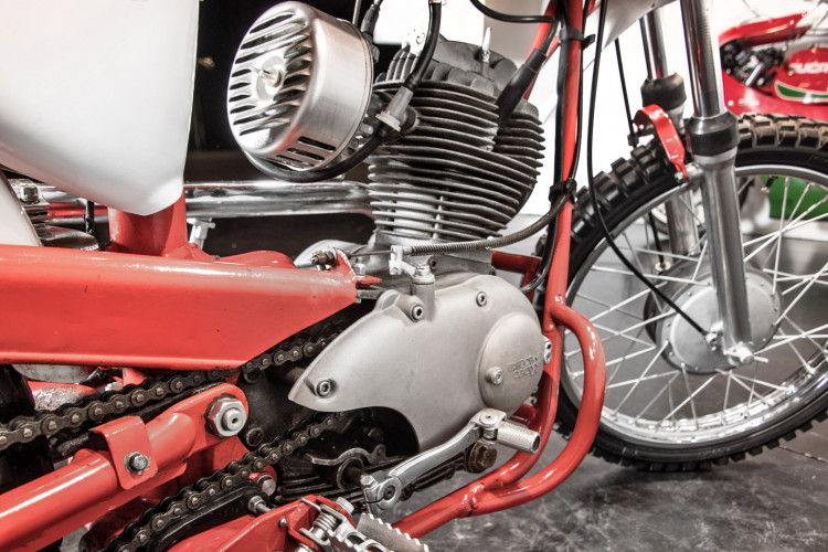 1959 Moto Morini Corsaro 125 12