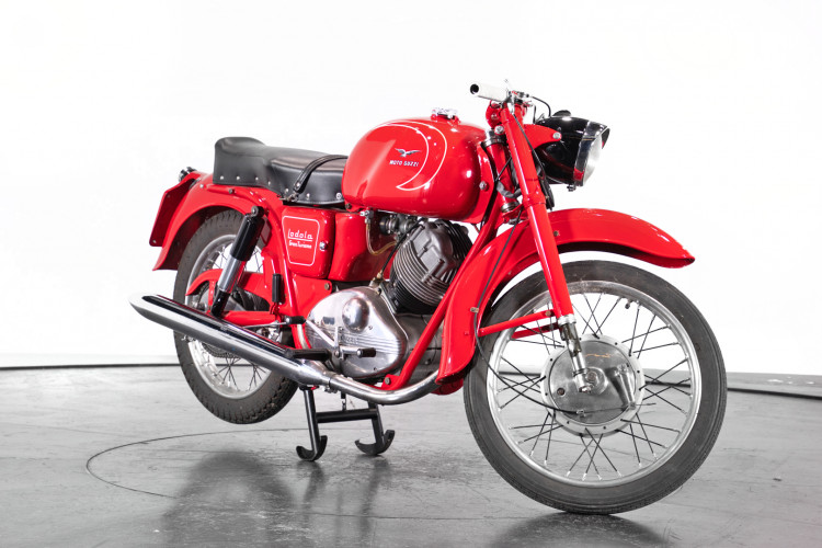 1959 Moto Guzzi Lodola 235 GT 3