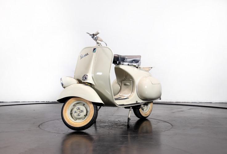 1953 Piaggio Vespa 125  1