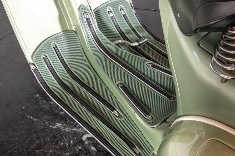 1950 Piaggio Vespa 125 V15 9