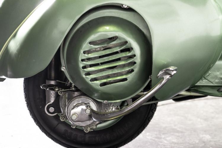 1952 Piaggio Vespa 125 21