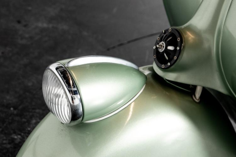 1952 Piaggio Vespa 125 V33 18