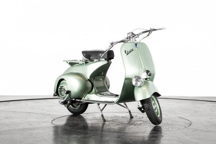 1952 Piaggio Vespa 125 V33 8