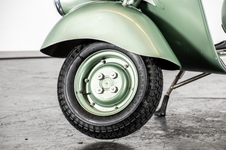 1952 Piaggio Vespa 125 V33 7