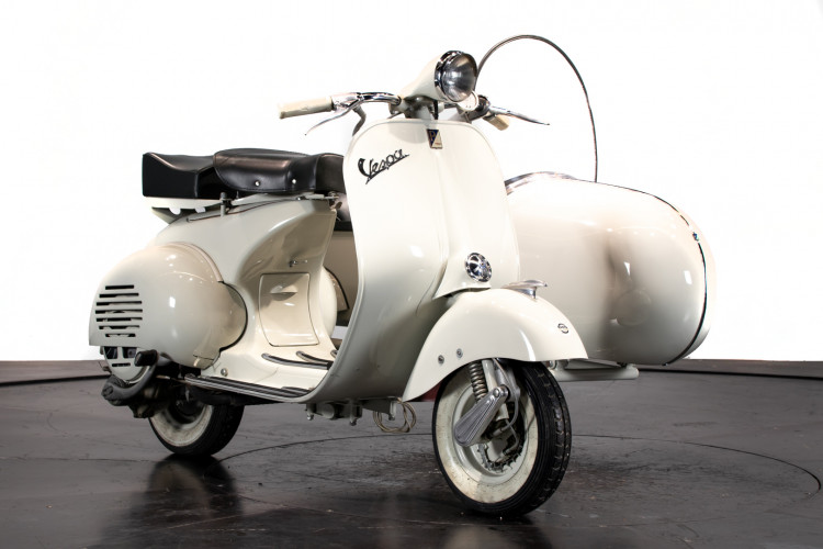 1956 PIAGGIO VESPA 150 SIDECAR VL3 10