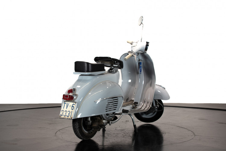 1963 Piaggio Vespa 125 VNB4T 3