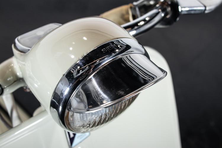 1955 Piaggio Vespa 150 Struzzo VL1T 17