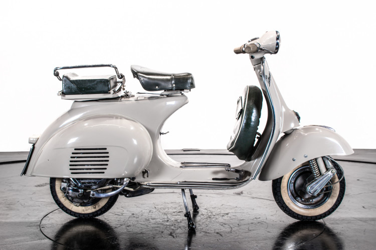 1958 Piaggio Vespa 125 VNA1T 1