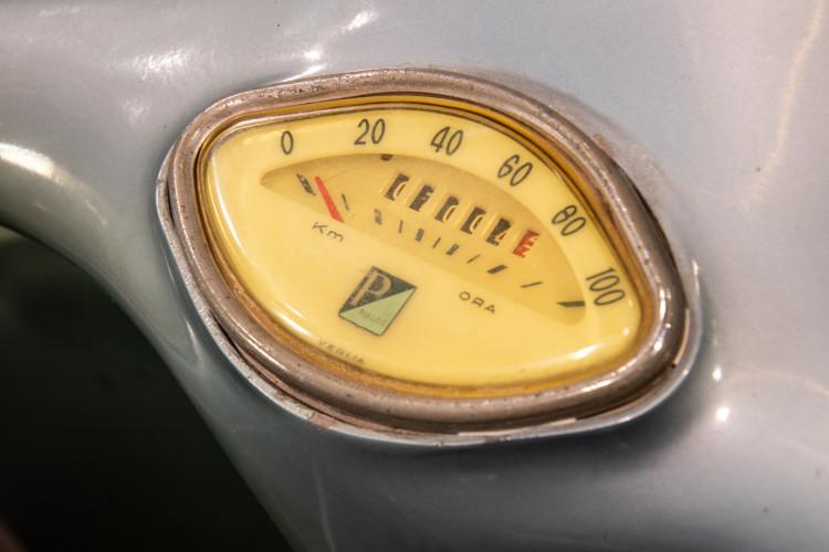1960 Piaggio Vespa Sidecar vba 9