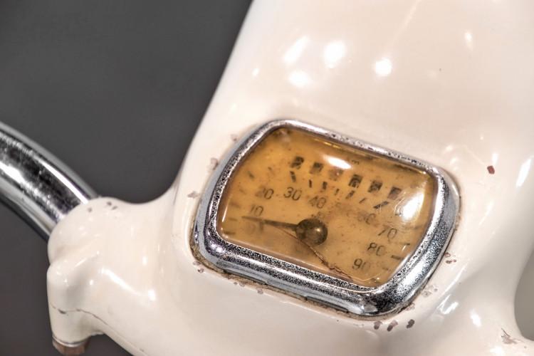 1956 Piaggio Vespa Struzzo vl3  10