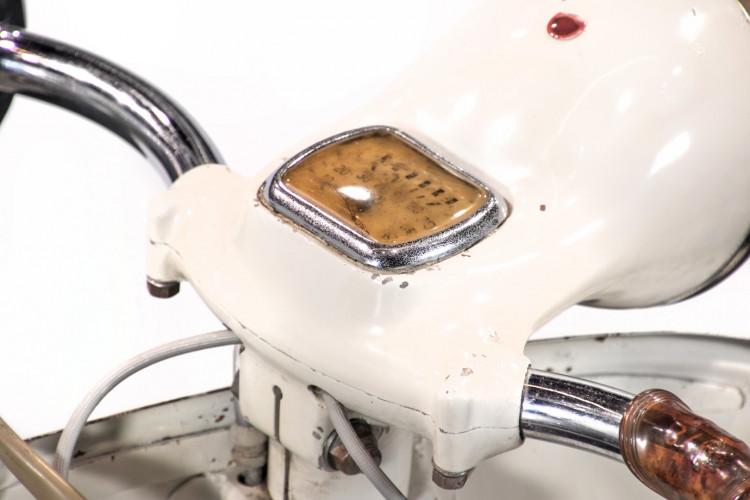 1956 Piaggio Vespa Struzzo vl3  8