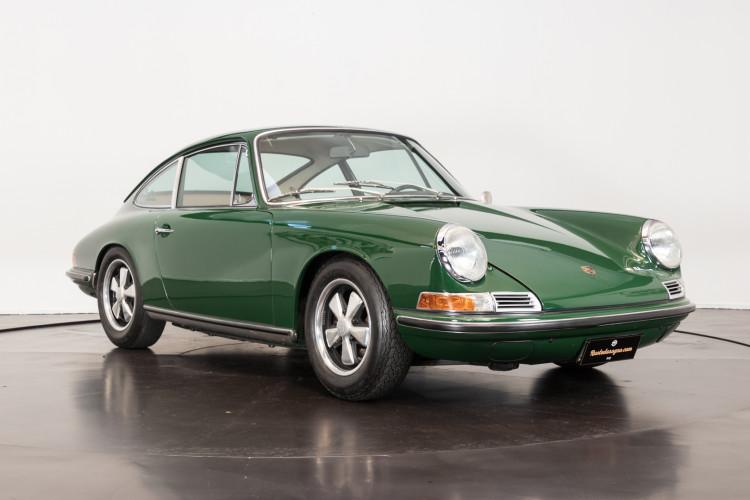1967 Porsche 911S (passo corto) S.W.B. 3