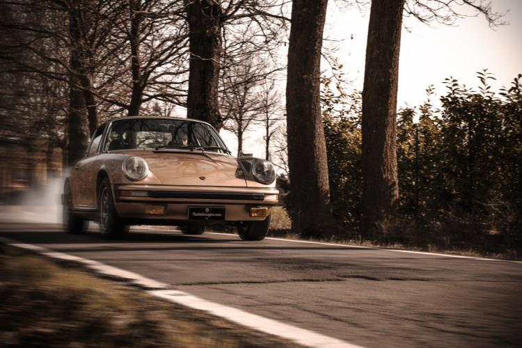 1974 Porsche 911 G 2.7 Targa 1