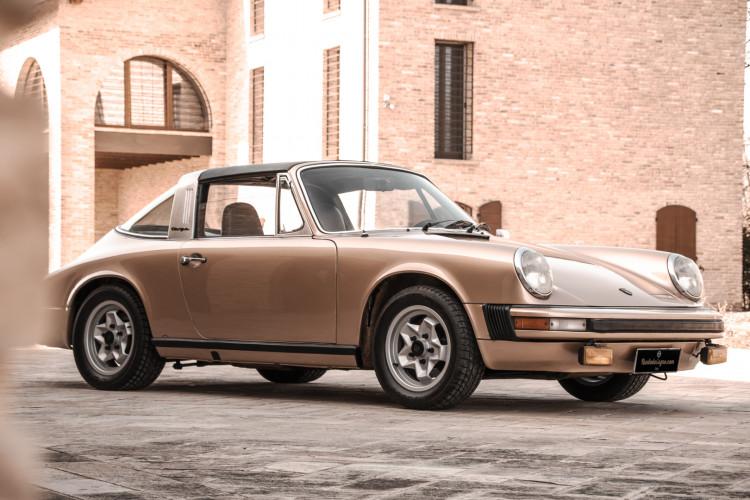 1974 Porsche 911 G 2.7 Targa 23