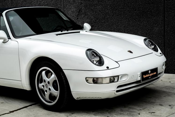1995 Porsche 993 Cabrio 5