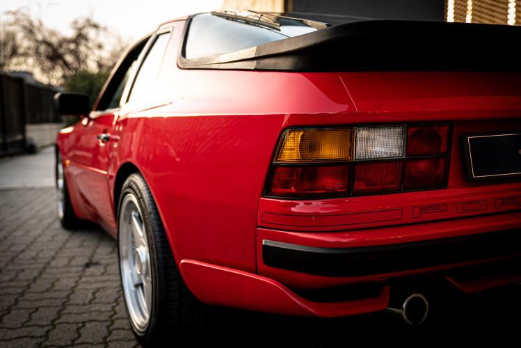 1988 Porsche 944 Turbo S Spec 5