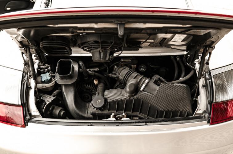 2002 Porsche 996 Carrera 4S Coupé 25