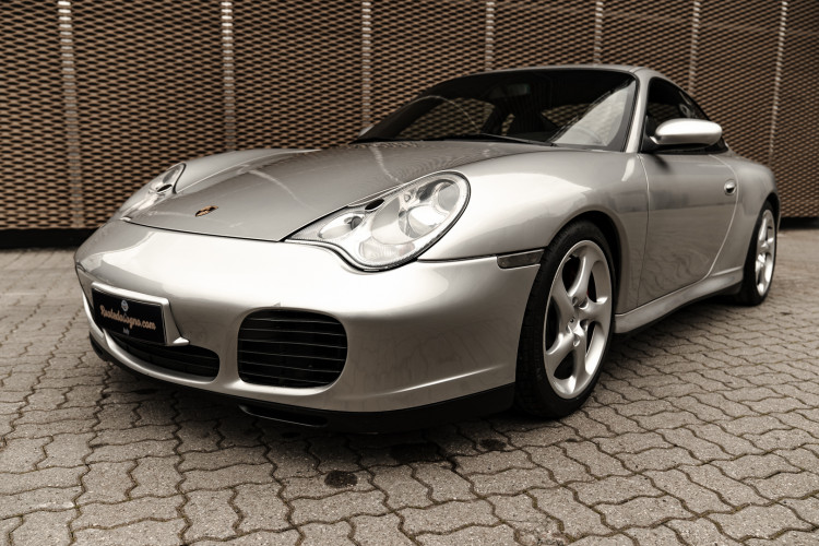 2002 Porsche 996 Carrera 4S Coupé 2