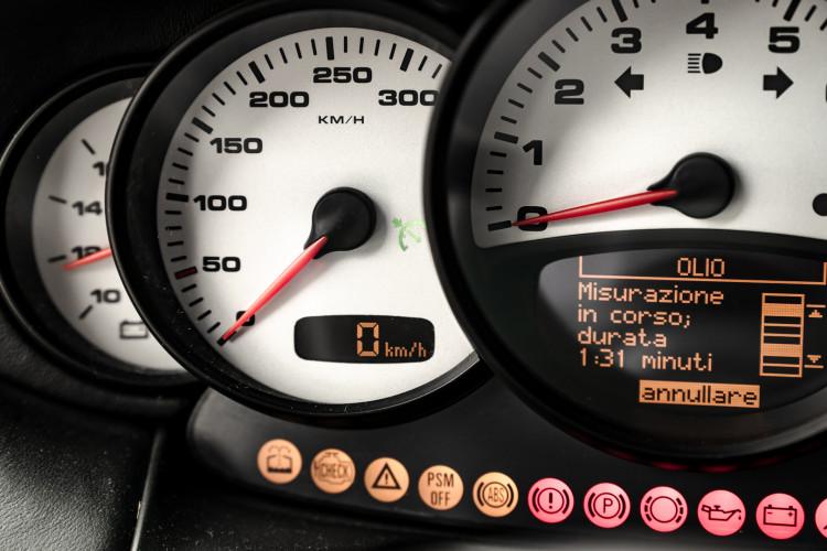 2002 Porsche 996 Carrera 4S Coupé 45