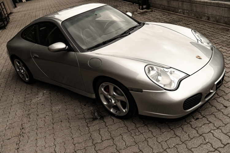 2002 Porsche 996 Carrera 4S Coupé 3