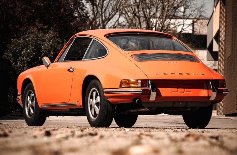 1969 Porsche 911 T 2.0 5