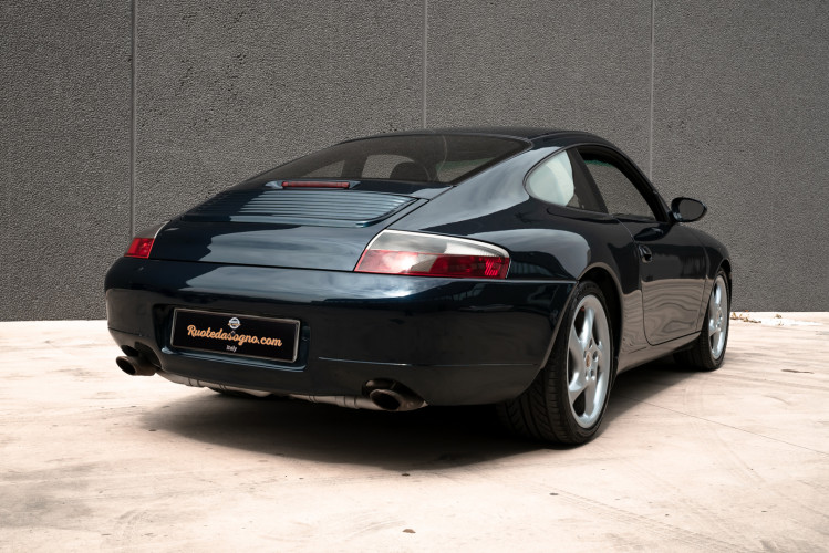 1999 Porsche 996 Carrera Coupè 9