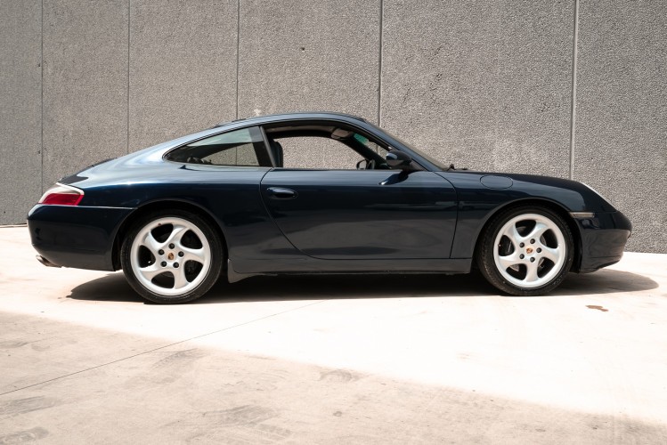 1999 Porsche 996 Carrera Coupè 5