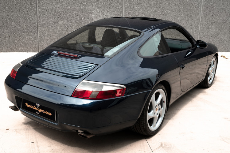1999 Porsche 996 Carrera Coupè 10