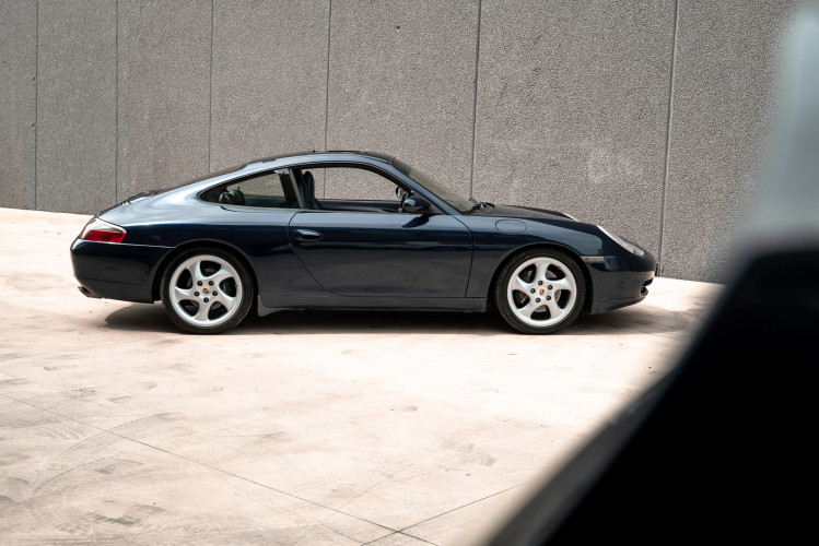 1999 Porsche 996 Carrera Coupè 4