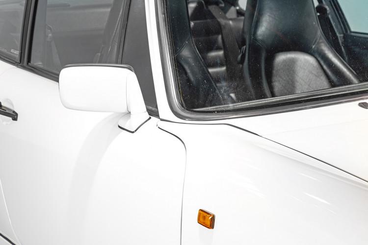 1990 Porsche 964 Carrera 4 7