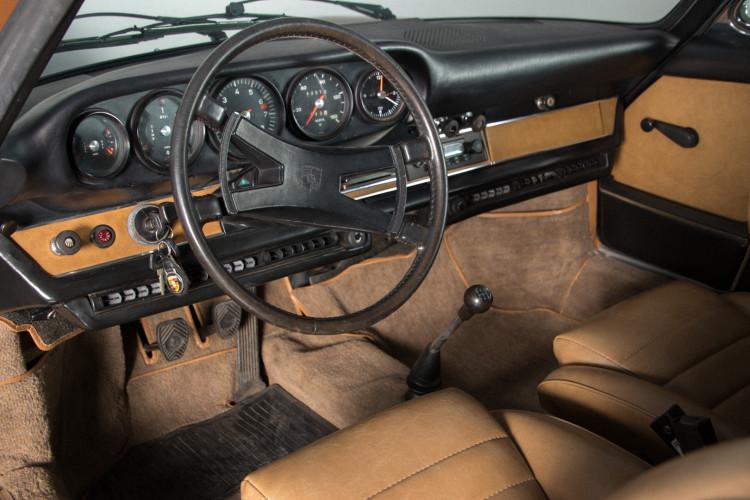 1972 Porsche 911T - 2.4 Targa 17