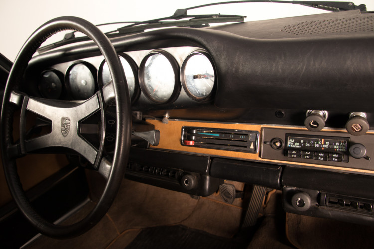 1972 Porsche 911T - 2.4 Targa 23