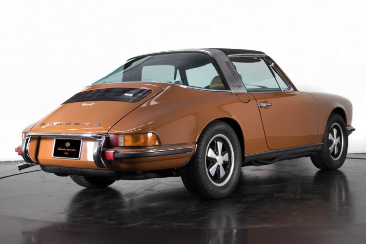 1972 Porsche 911T - 2.4 Targa 2