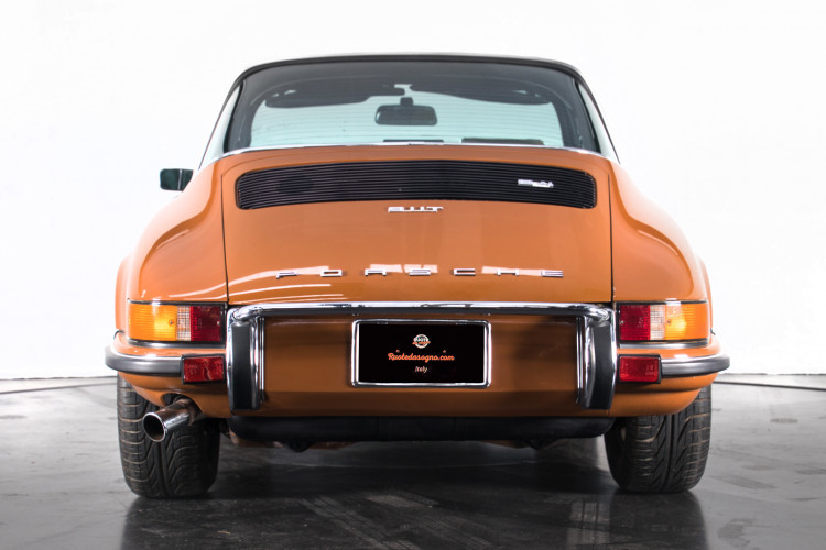 1972 Porsche 911T - 2.4 Targa 3