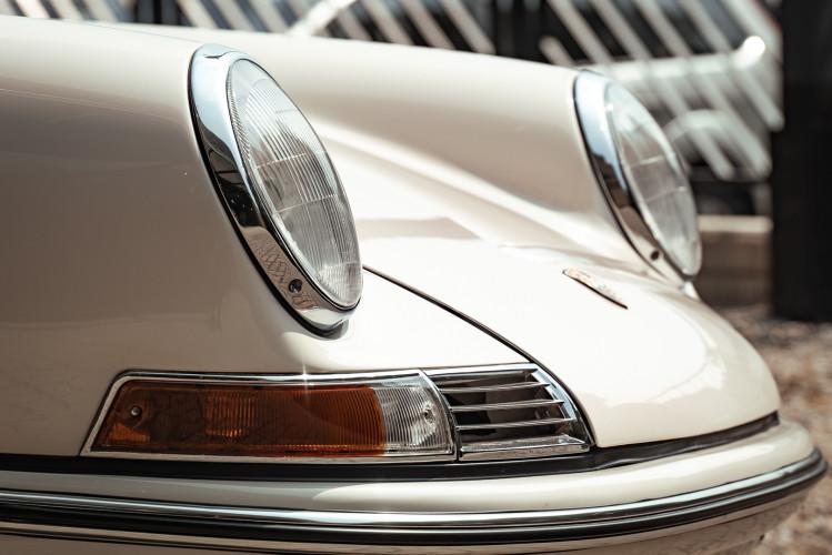 "1966 Porsche 911 2.0 L - S.W.B. ""Serie 0"" 12"