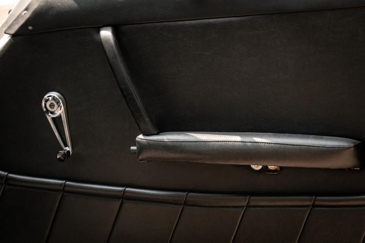 "1966 Porsche 911 2.0 L - S.W.B. ""Serie 0"" 25"