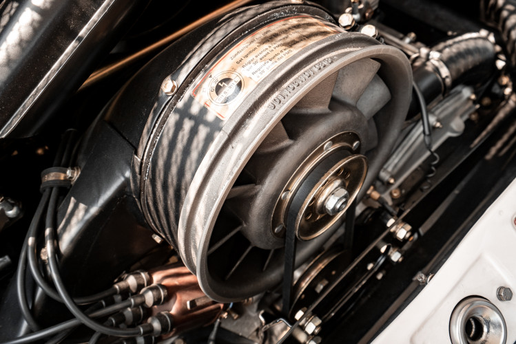 "1966 Porsche 911 2.0 L - S.W.B. ""Serie 0"" 40"