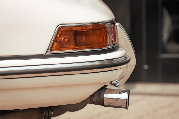 "1966 Porsche 911 2.0 L - S.W.B. ""Serie 0"" 4"