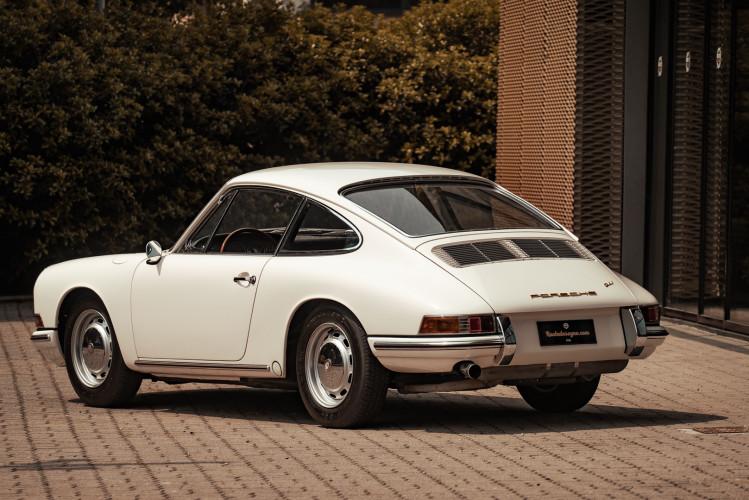 "1966 Porsche 911 2.0 L - S.W.B. ""Serie 0"" 42"