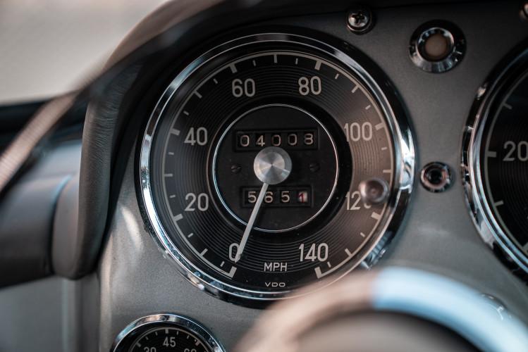 1956 Mercedes-Benz 190 SL 25