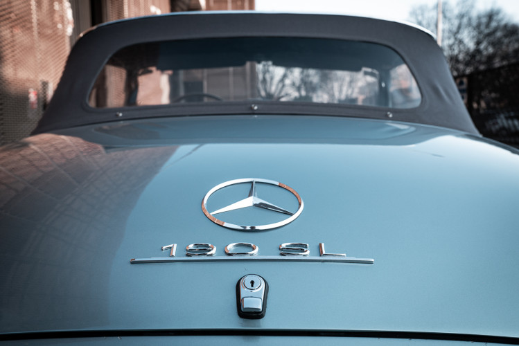 1956 Mercedes-Benz 190 SL 32